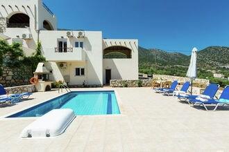 Villa Kostis