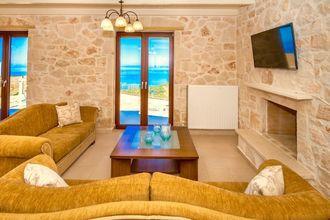 Villa Deluxe I