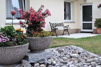 Hohenkirchen mit Garten Terrasse und Strandkorb