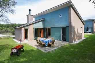 Vakantiehuizen Den Haag EUR-NL-2555-13