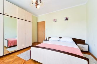 Apartment Josip