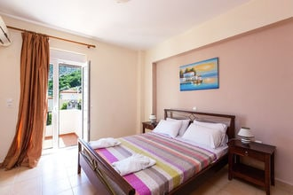 Bali Villas for groups up to 28 persons
