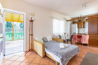 Small apartment in Porto Rafti Area