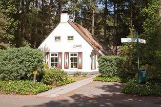 Vakantiehuis Dieverbrug EUR-NL-7981-11