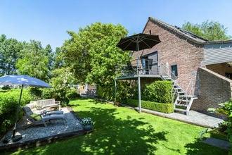 Vakantiehuizen Eeklo EUR-BE-9990-02