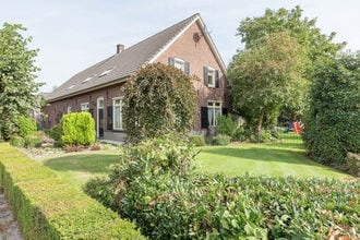 Vakantiehuizen Sint Anthonis EUR-NL-5845-01