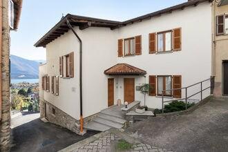Vakantiehuizen Consiglio Di Rumo EUR-IT-22010-106