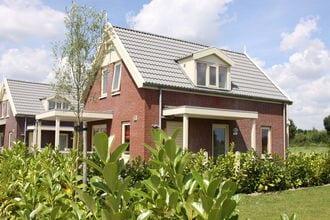 Vakantiehuizen Simonshaven EUR-NL-3212-02