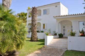 Villa Thiago