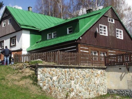 Tsjechie Vakantiewoningen te huur Chalet voor grote groepen op de top van een nationaal park