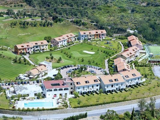 Appartement huren in Castellaro - met zwembad  met wifi met zwembad voor 4 personen  De zeer comfortabel ingerichte app..