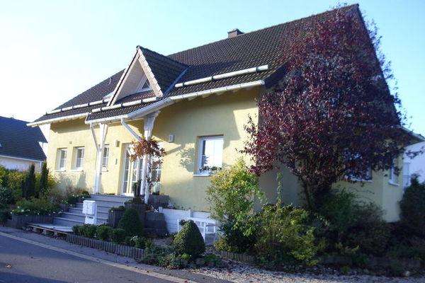 Dit fraaie en comfortabel ingerichte appartement is gelegen in het dorp mechernich en vlakbij het nationale ...