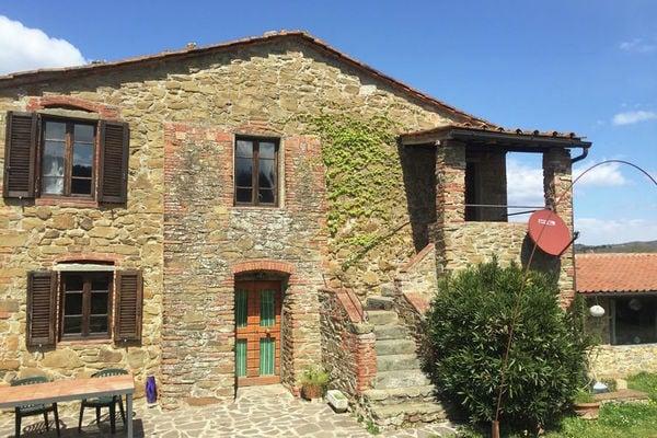 Vakantie accommodatie Badia A Ruoti Toscane,Siena en omgeving 16 personen