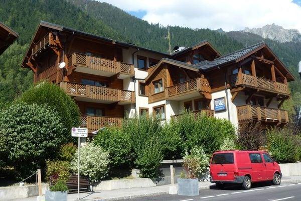 Ferienwohnungen/Ferienhäuser: 200 Meter von den Pisten und 300 m. Vom Zentrum von Chamonix. (max. 4 Personen)