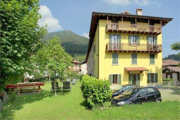 Vakantie accommodatie Locca Trentino-Zuid-Tirol,Italiaanse meren,Ledromeer,Noord-Italië 4 personen