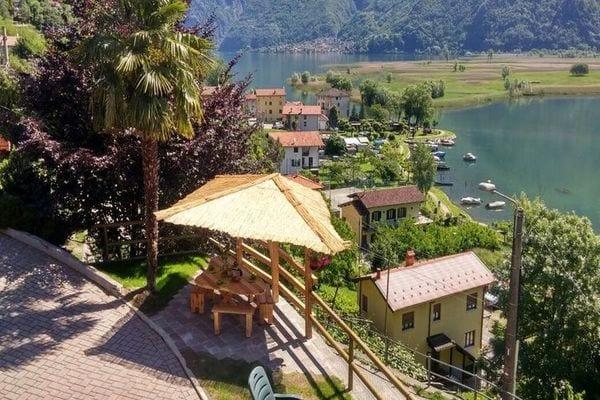 Vakantie accommodatie Dascio Italiaanse meren,Comomeer,Lombardije,Noord-Italië 4 personen