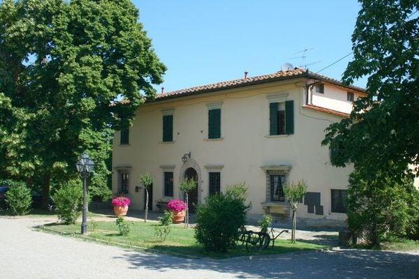 Vakantie accommodatie Vicchio Noord-Italië,Toscane,Florence en omgeving 14 personen