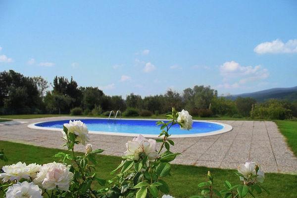 Luxe villa met airconditioning en privézwembad, op groot terrein met terras - Boerderijvakanties.nl