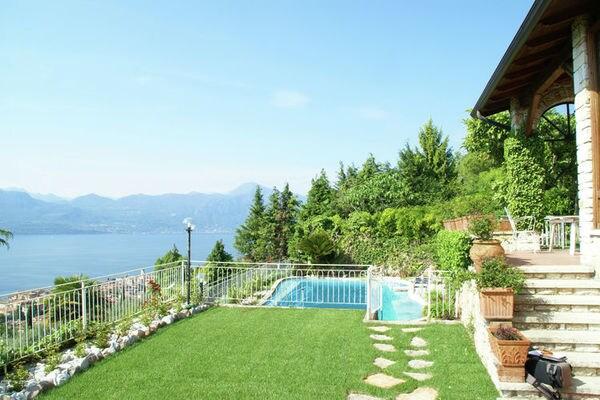 Vakantie accommodatie Torri del Benaco Italiaanse meren,Gardameer,Noord-Italië,Veneto / Venetië 8 personen