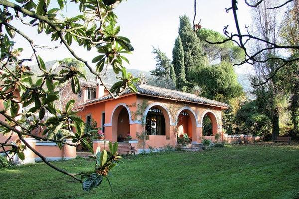 Vakantie accommodatie Poggio Catino Rome / Lazio 13 personen