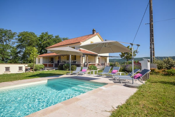 vakantie-accommodatie-lot-quercymidden-frankrijkmidi-pyreneeenwest-frankrijkzuid-frankrijk-frankrijk-12-personen