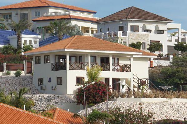villa-royal-view