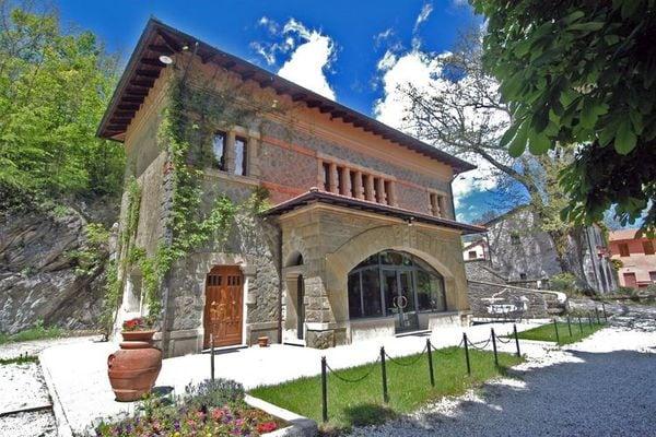 Vakantie accommodatie Pistoia Noord-Italië,Toscane 16 personen