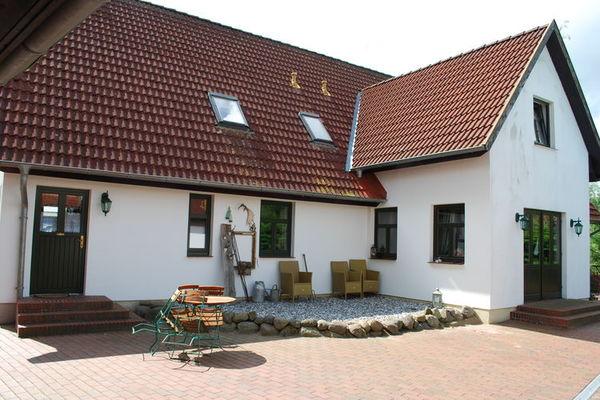 Ferienwohnungen/Ferienhäuser: 2-Raum-Ferienwohnung/ Terrasse/ Frühstück möglich (max. 2 Personen)