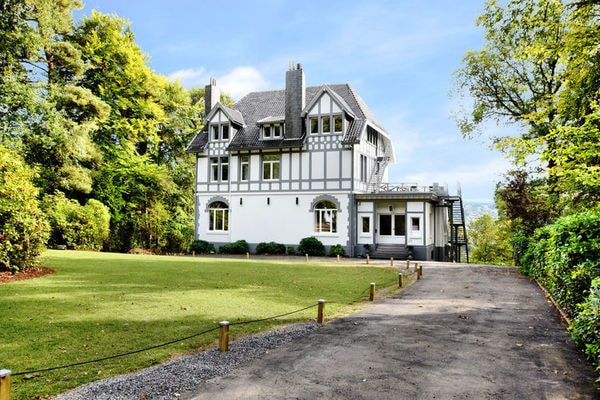Ferienwohnungen/Ferienhäuser: All-in Preis! Luxus-Villa 16-22 P. im Spa, Innen - Außen Wellness-Einrichtungen (max. 22 Personen)