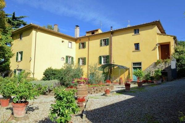 Vakantie accommodatie Cortona Toscane 12 personen