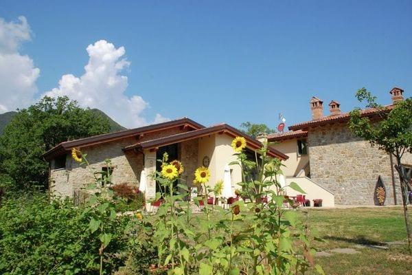 Vakantie accommodatie Lizzano in Belvedere Emilia-Romagna,Noord-Italië 6 personen