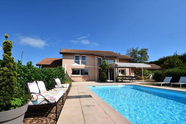 vakantie-accommodatie-bourgognemidden-frankrijknoord-frankrijknoord-frankrijkoost-frankrijkzuid-frankrijk-frankrijk-6-personen