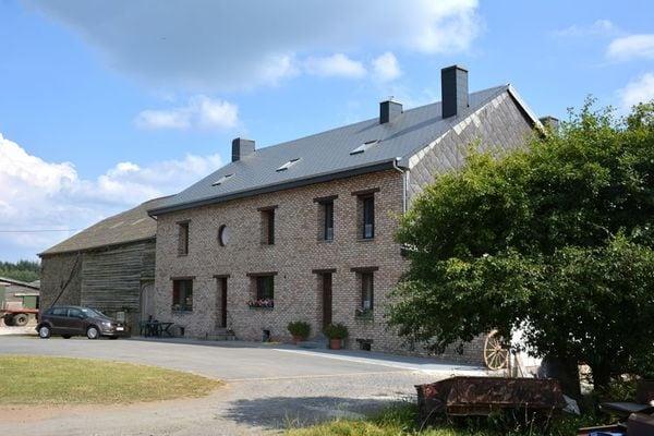 Vakantie accommodatie Arlon-Bouillon-Virton en omgeving,Ardennen,Namen België 8 personen