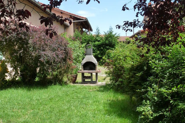 Maison de vacances - SAVIGNEUX-EN-FOREZ