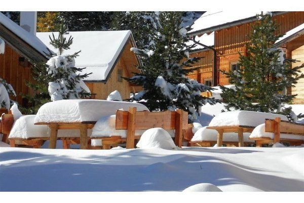 Ref: AT-8864-13 7 Bedrooms Price