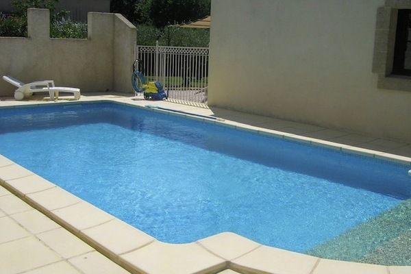 Ref: FR-30700-25 3 Bedrooms Price