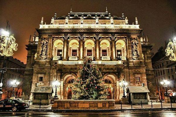 Zonaflat-Callas Opera  Budapest Hungary