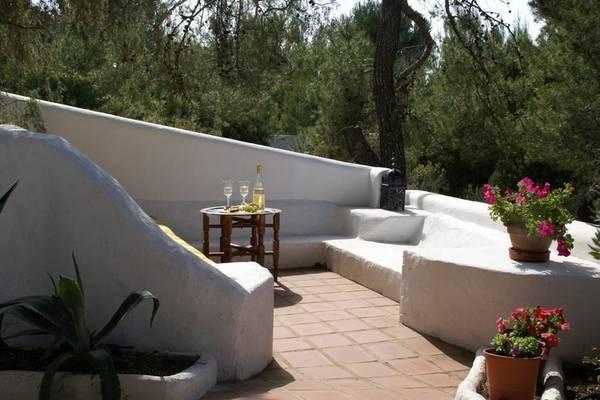 Sant Josep de la Talaia:Bonito chalet con vistas a las aguas azules alrededor de Ibiza