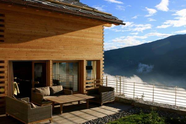 Luxe 12-pers. chalet met schitterend uitzicht in een topskigebied. - Boerderijvakanties.nl