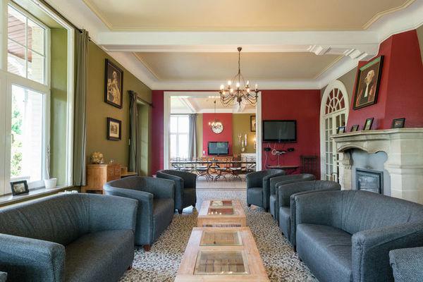 chateau-de-luxe