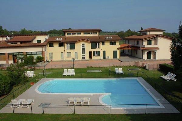 Vakantie accommodatie Salò Italiaanse meren,Gardameer,Lombardije,Noord-Italië 8 personen