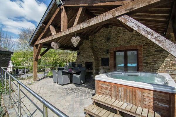 Le Refuge in Belgium - a perfect villa in Belgium?