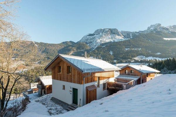 Dachstein Chalet XL in Austria - a perfect villa in Austria?