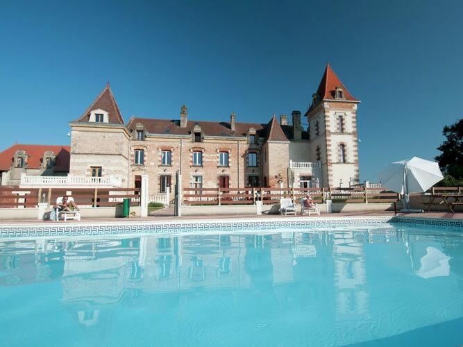 Chateau de Lastours - appartement Glycine Besondere Immobilie