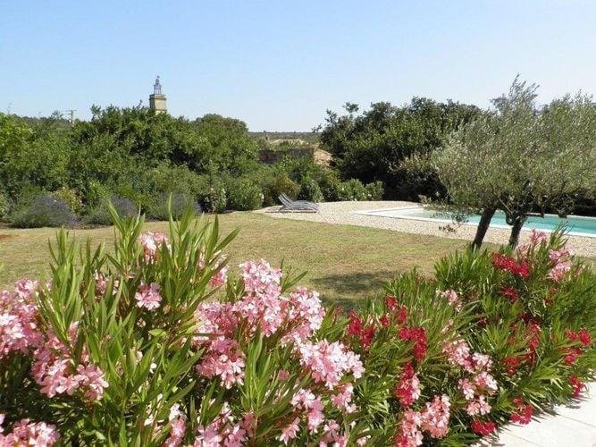 Ferienhaus Luxuriöse Villa in Flaux mit Swimmingpool (304314), Uzès, Gard Binnenland, Languedoc-Roussillon, Frankreich, Bild 2