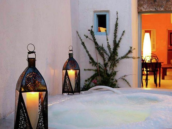 Ferienhaus Luxuriöse Villa mit Whirlpool in Megalochori Santorini (365026), Thira, Santorini, Kykladen, Griechenland, Bild 4