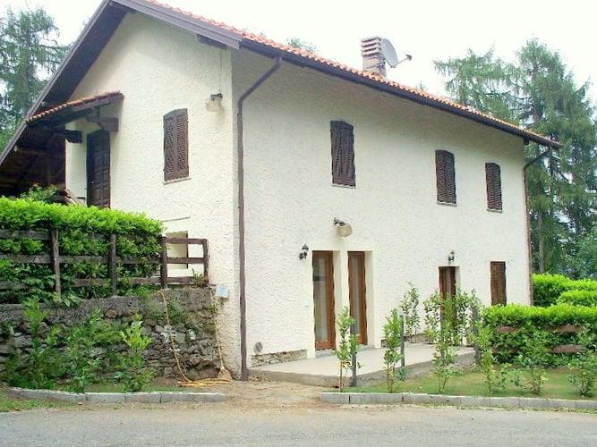 Ferienhaus Geräumiges Cottage in Intra mit Garten (597564), Pallanza, Lago Maggiore (IT), Piemont, Italien, Bild 1