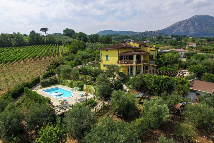 Vakantiehuis met zwembad met wifi  CampaniaSole