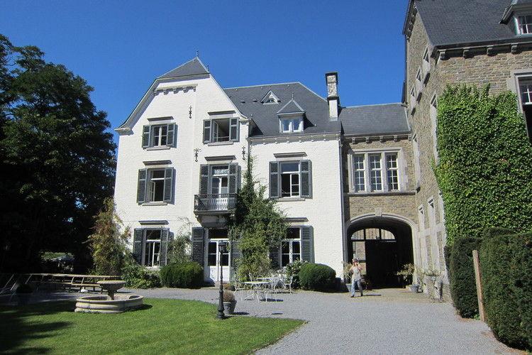 Vakantiehuizen Belgie | Luxemburg | Kasteel te huur in Erezee   met wifi 22 personen