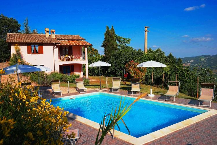 Italie | Marche | Villa te huur in Acqualagna met zwembad  met wifi 6 personen